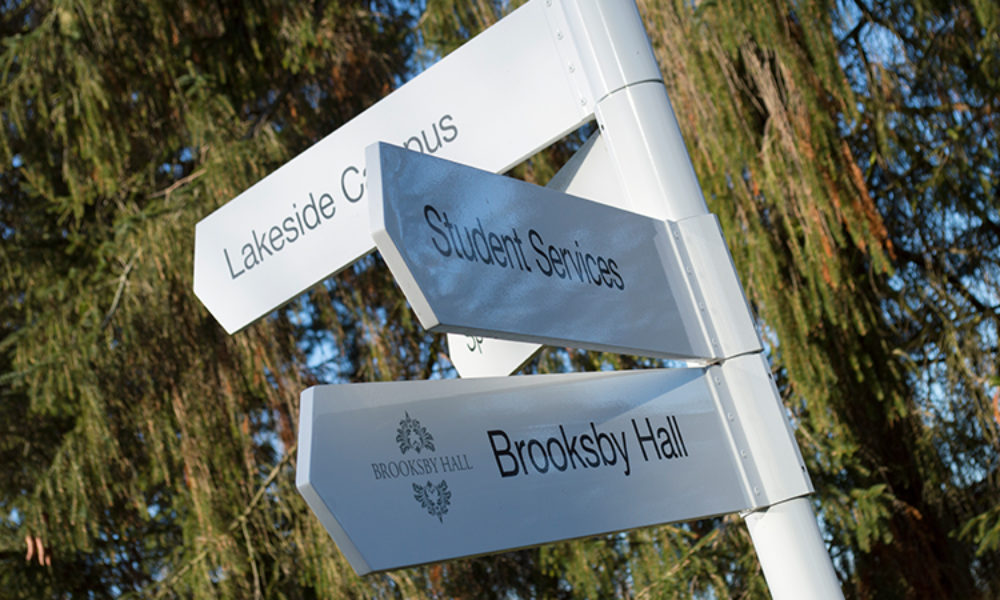 Fingerpost signage for college campus